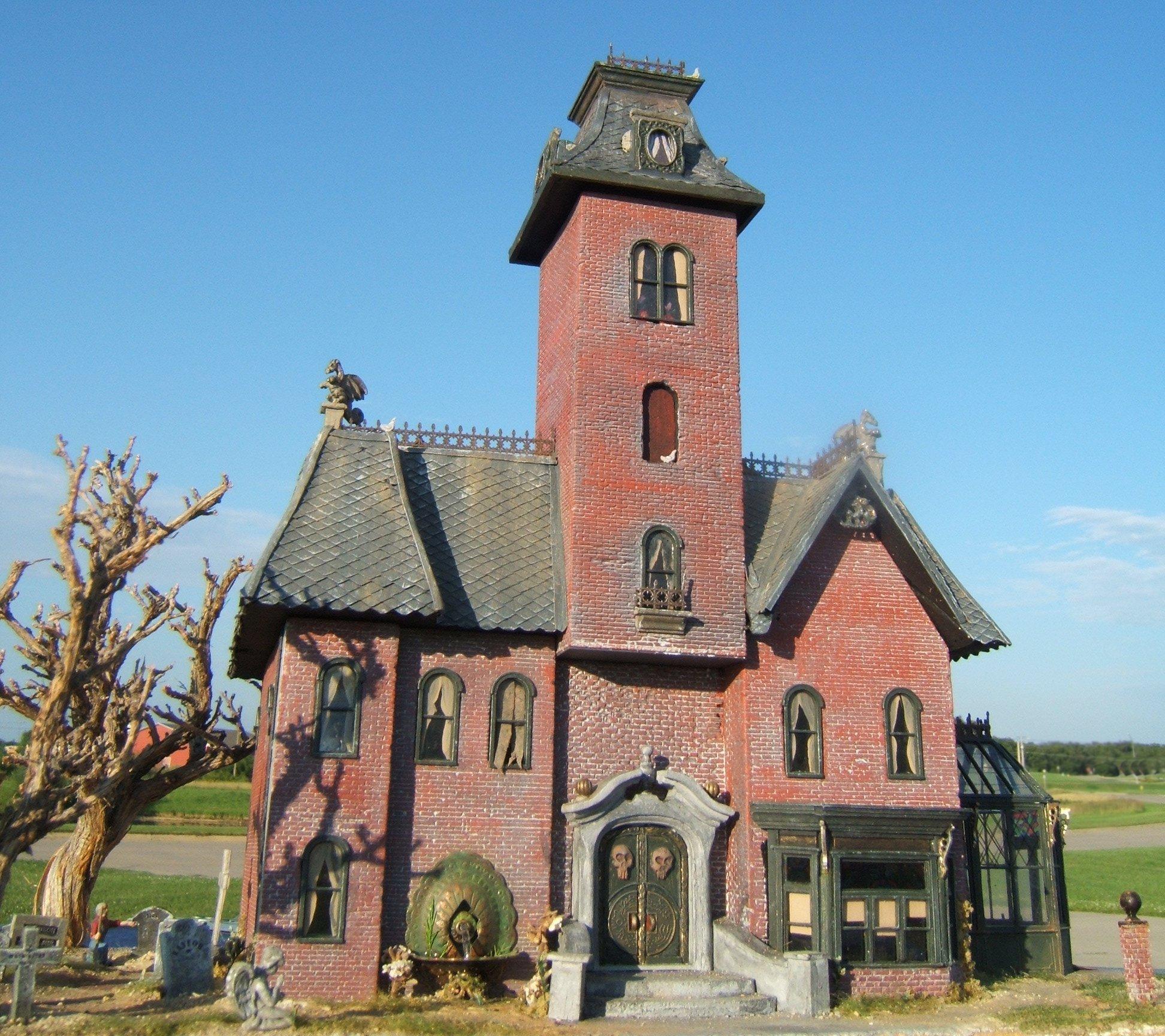Grimm's Mansion