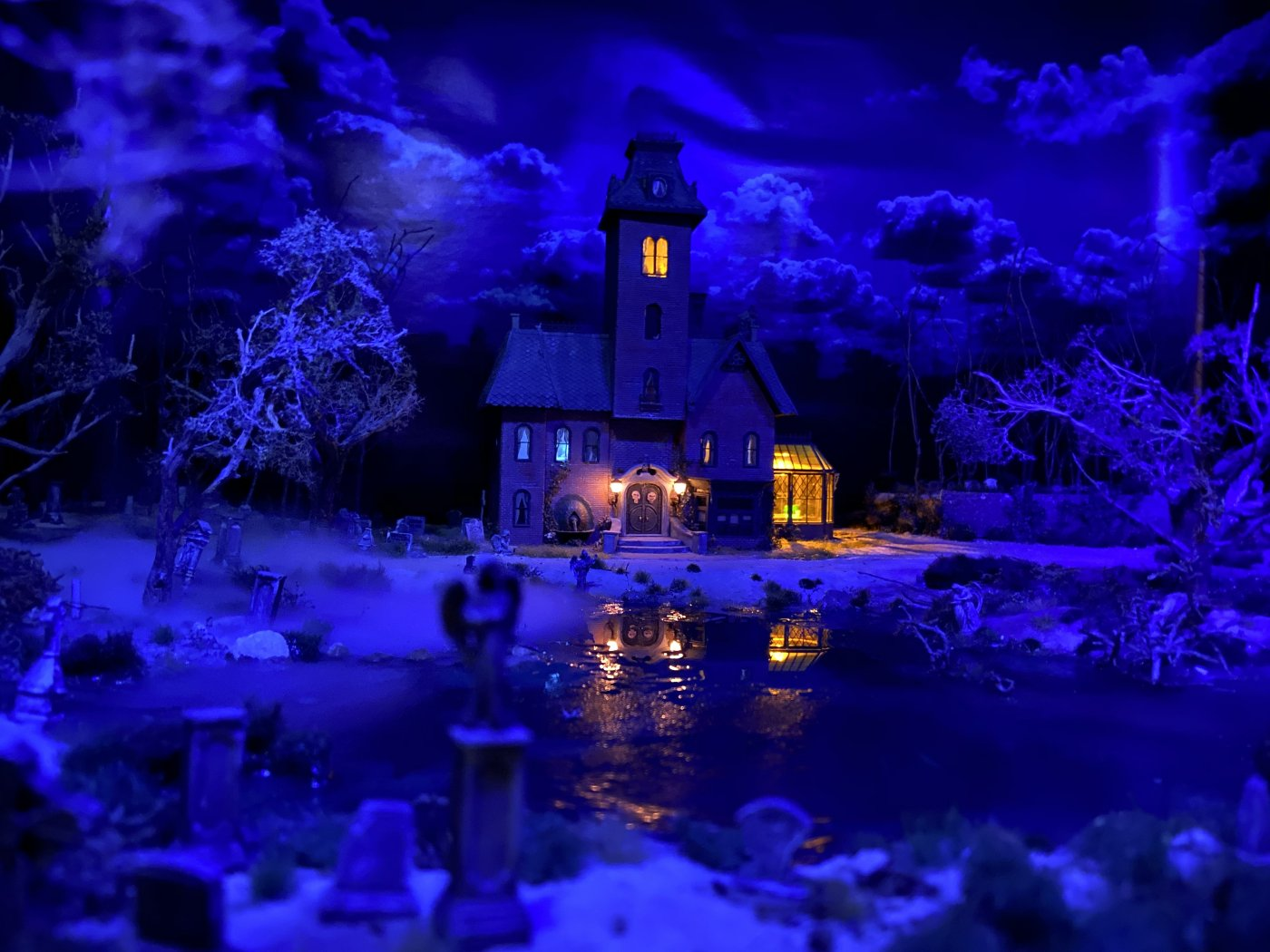 Grimm's Mansion Diorama 2020